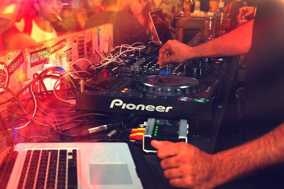 Feste di fine anno in discoteca a Roma: Info e prevendite