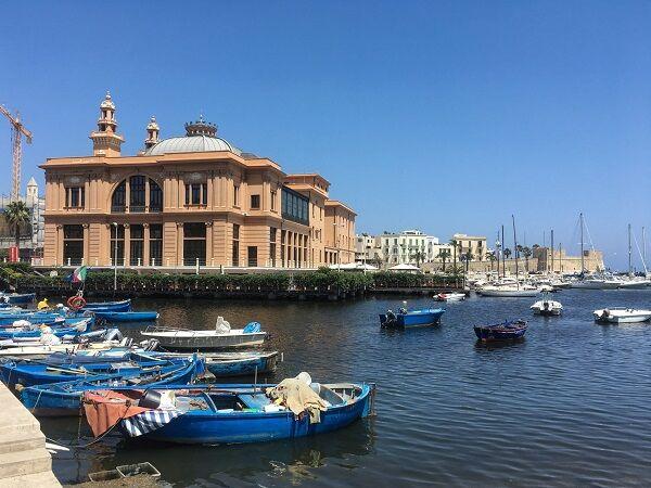 Capodanno a Bari: Dalla diretta Mediaset ai veglioni esclusivi