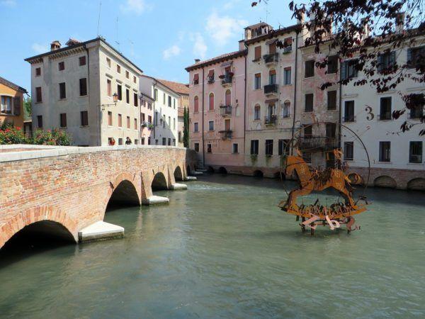 Capodanno a Treviso: Pacchetti, cenoni e feste in piazza